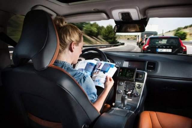 automobili-auto-bez-vozača-pametni-auto