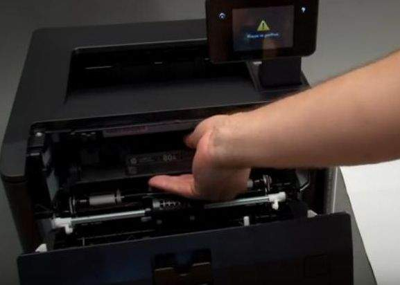 laserski printeri promjena tonera