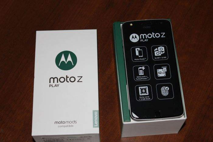 Moto Z play recenzija