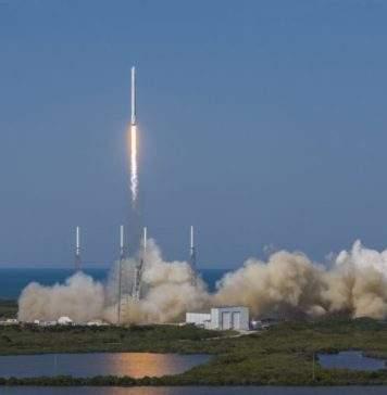 SPACEX raketa lansiranje