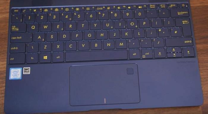 Asus Zenbook 3 UX390 tipkovnica