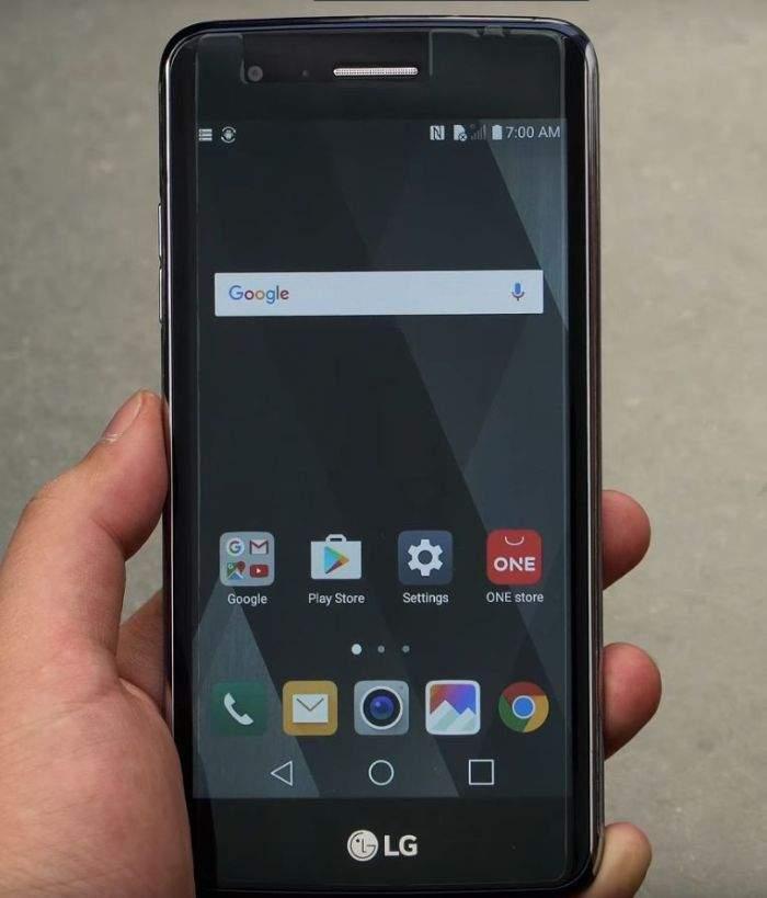 LG K8 2017 ekran