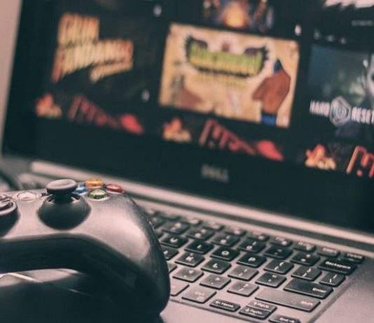 igranje na starom laptopu