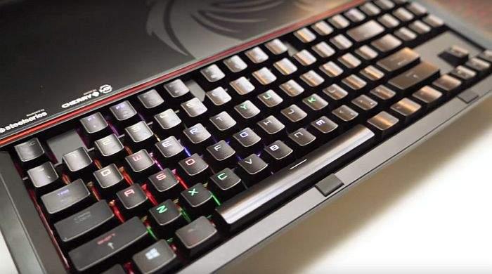 MSI GT83VR Titan SLI tastatura