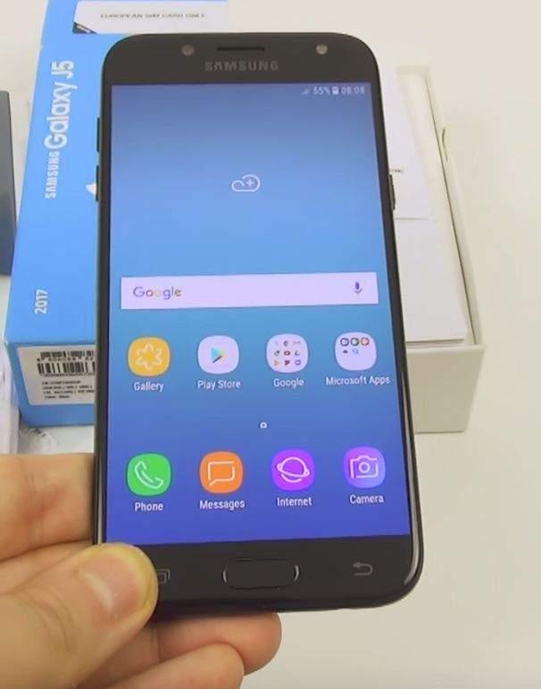 Samsung Galaxy J5 (2017) zaslon