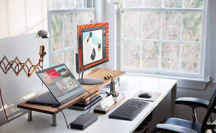 03_X1_YOGA_Still_Life_Home_Office_Stand_mode_connected_to_a display_with_dock