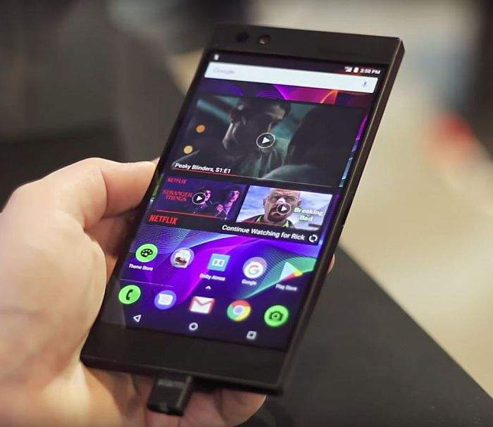 Razer Phone (2)