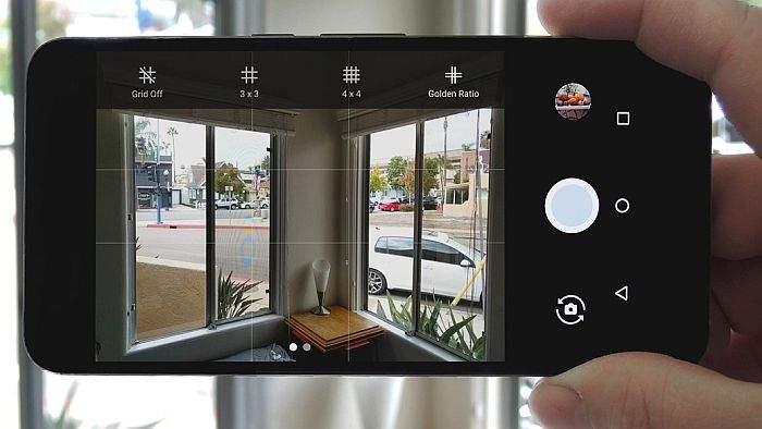 čiščenje leće kamere na mobitelu