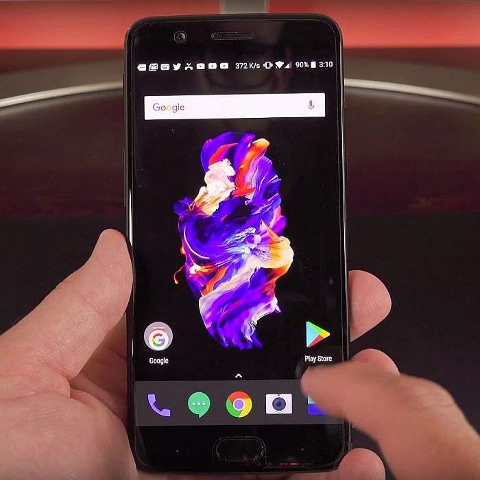 OnePlus 5 zaslon