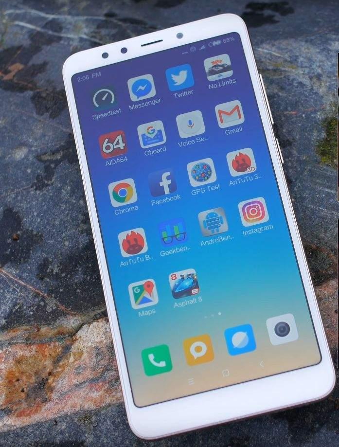 Xiaomi Redmi 5 zaslon