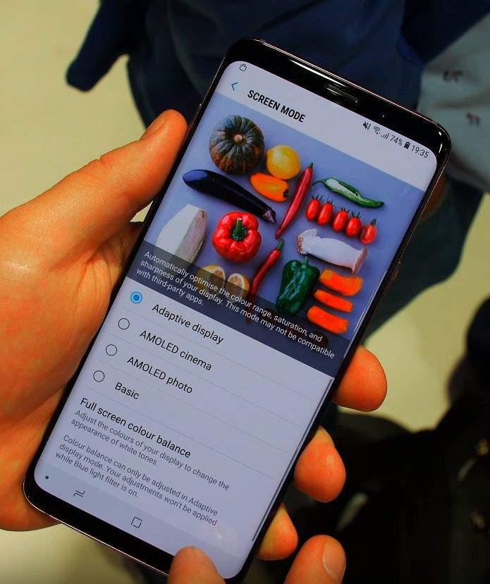 Samsung Galaxy S9 ZASLON