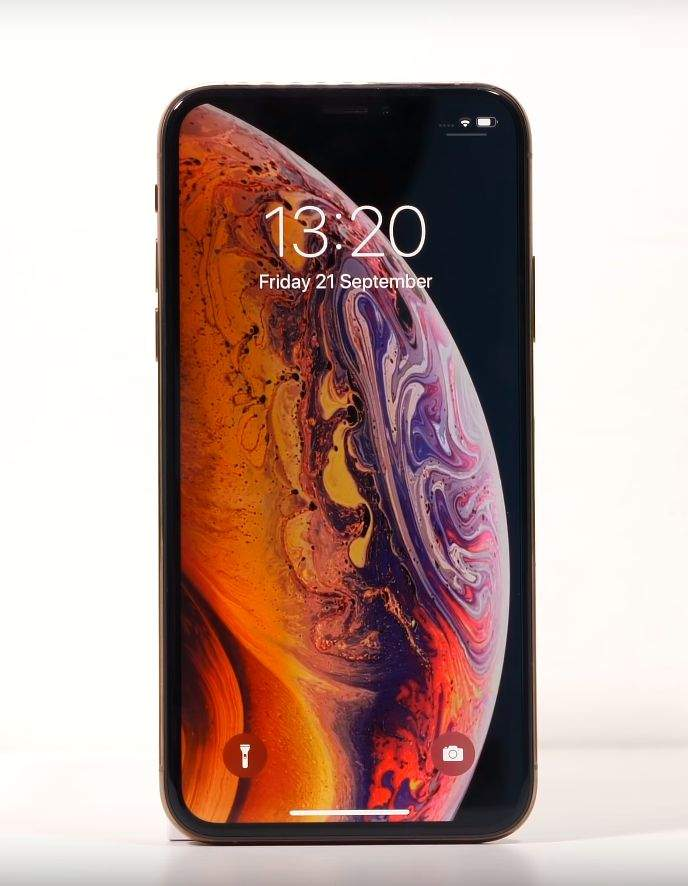 IPHONE XS recenzija