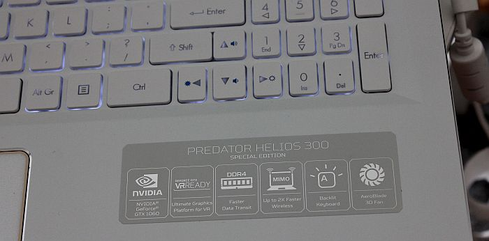 Acer Predator Helios 300 tipkovnica