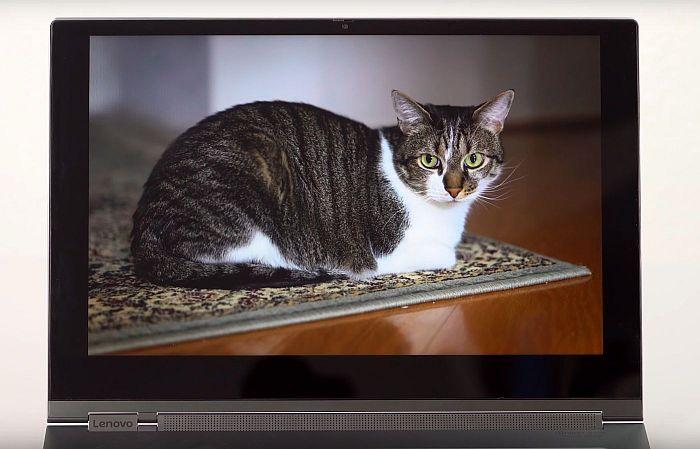 Lenovo Yoga C930 zaslon