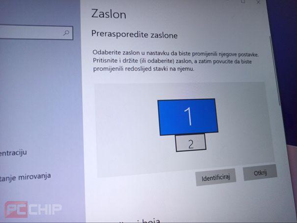 Asus ZenBook 14 UX434FLC zaslon