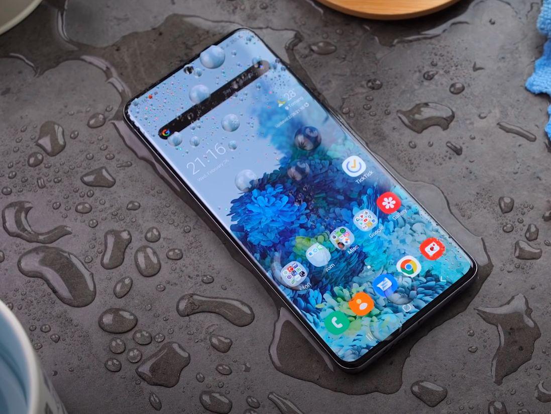 Samsung Galaxy S20+ recenzija