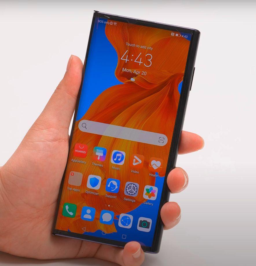 Huawei Mate Xs test ekrana