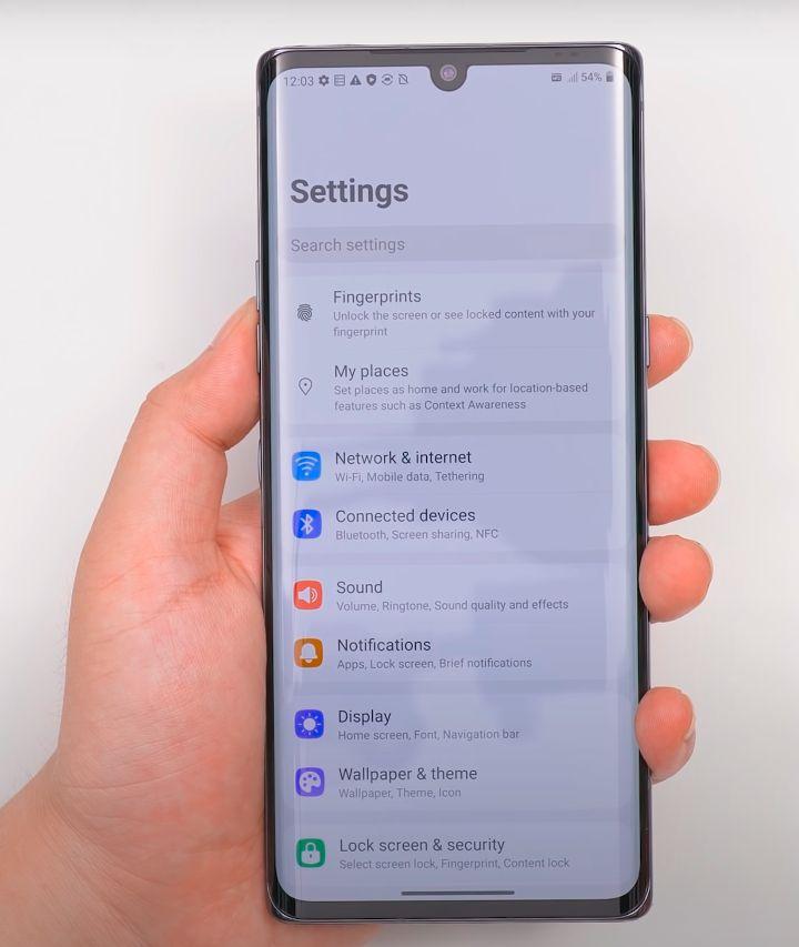LG Velvet ekran