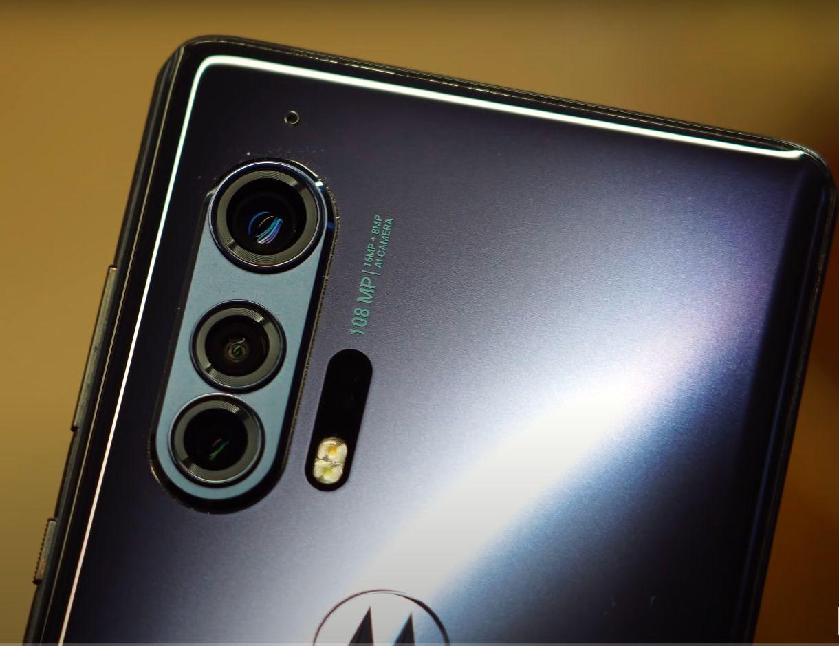 Motorola Edge+ kamera