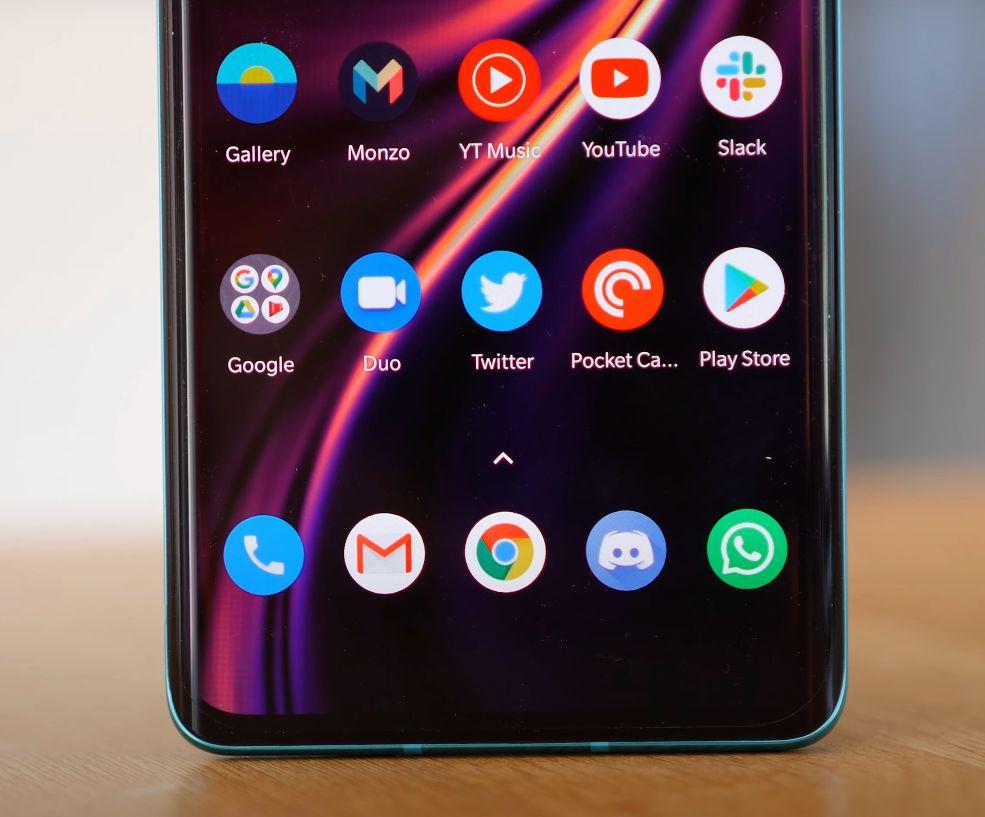 OnePlus 8 ekran