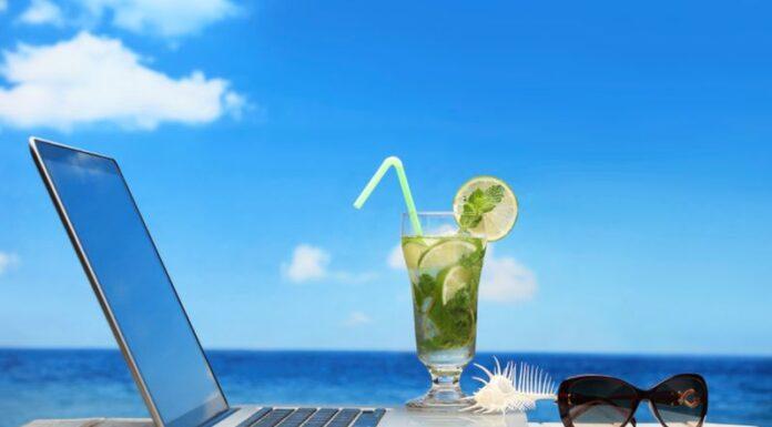 laptop na ljetovanju